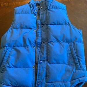 St. John's Bay men's vest NWT